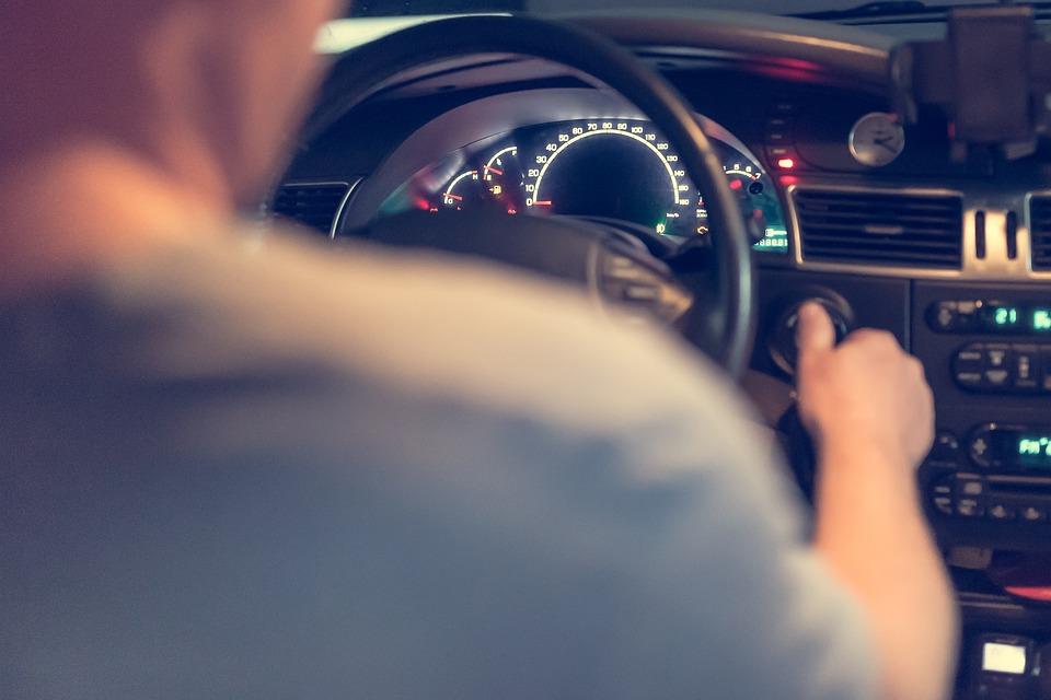 El carnet B permite conducir más vehículos
